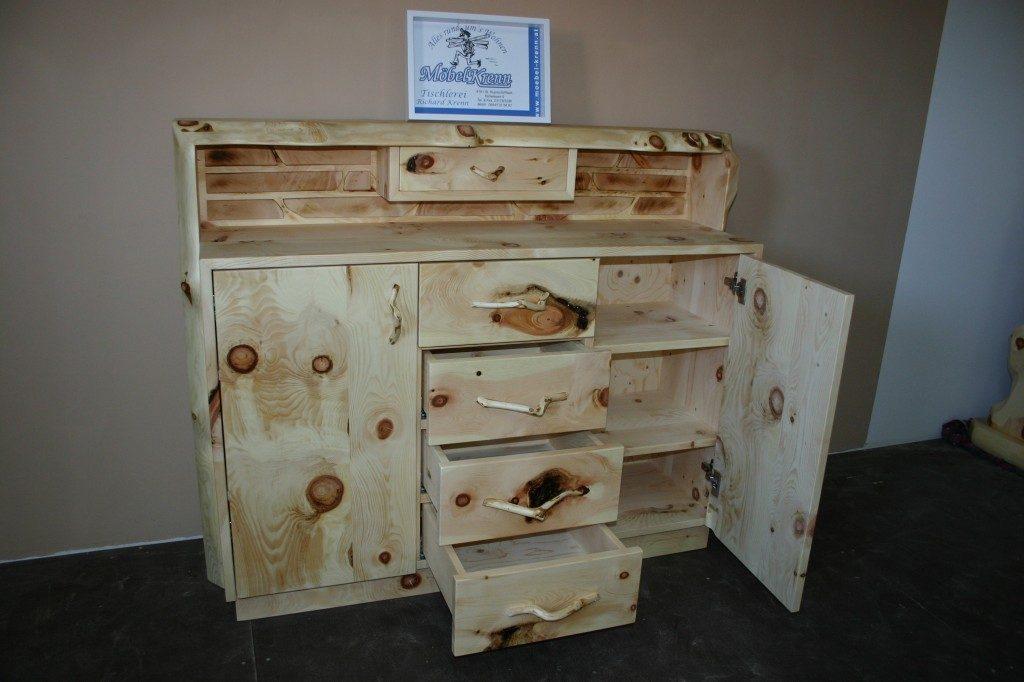 Zirbenholz-Kommode-Ziegelstein