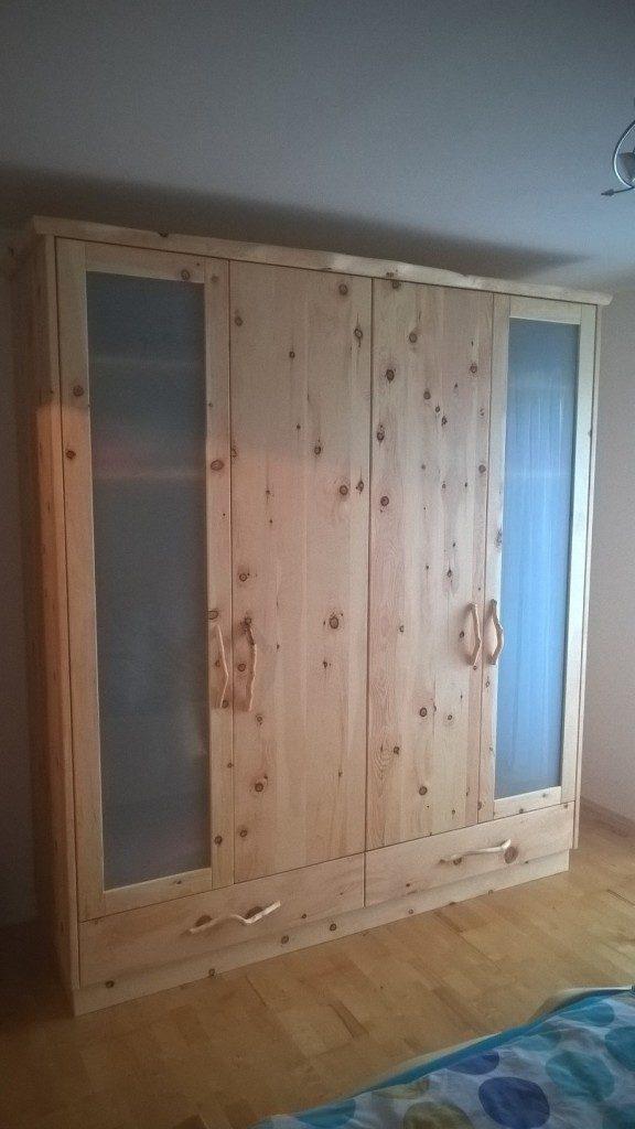 Zirben Holz Schrank