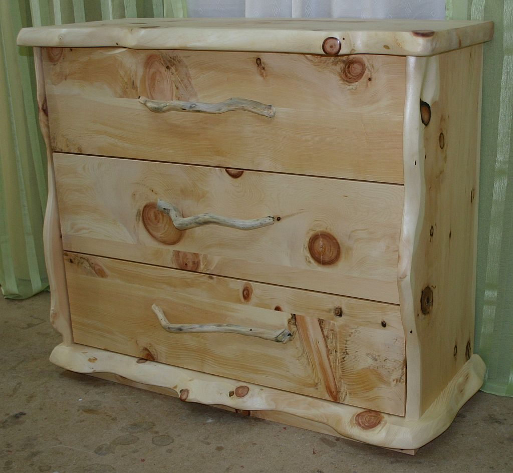 Massive Zirben Holz-Kommode-mit-3-Laden
